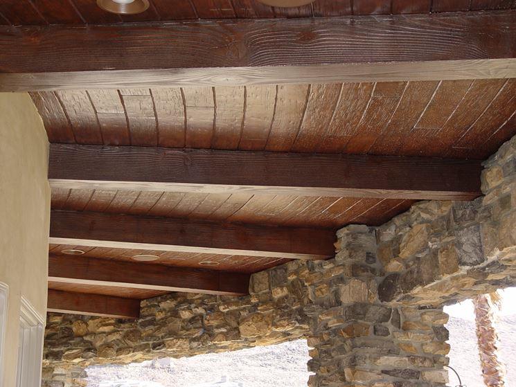Soffitto in travi di legno