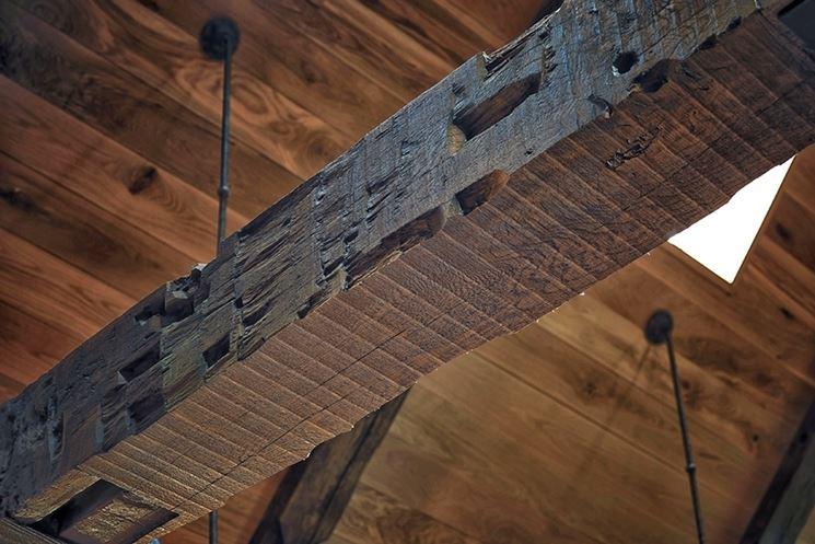 trave in legno massello