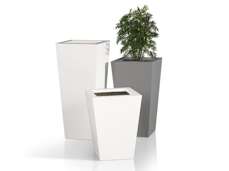 I vasi in resina vasi per piante tipi di vasi in resina for Vasi per terrazzi in resina