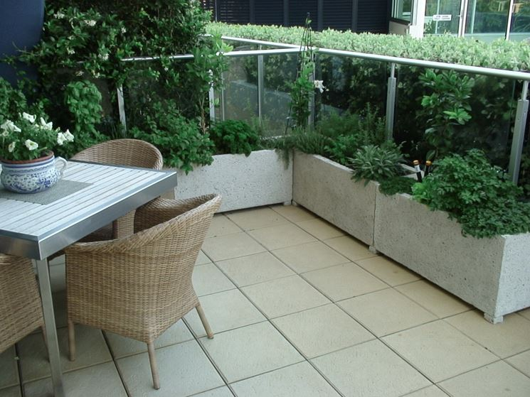 vasi per balcone - vasi per piante - vasi per il terrazzo - Piante Sempreverdi Da Vaso Balcone